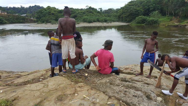 Niños en Guapi, Colombia