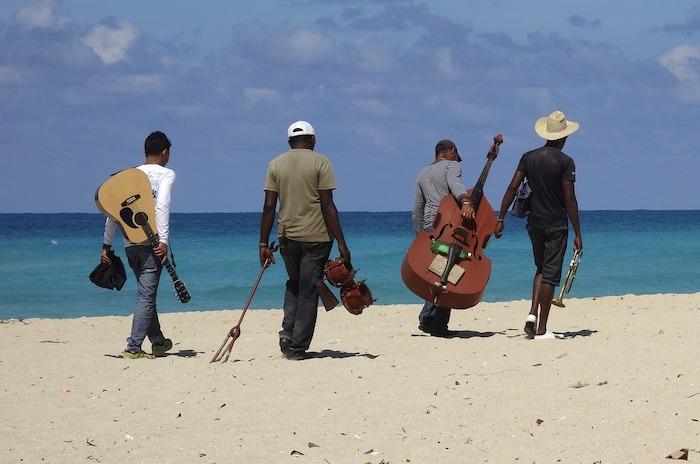 Músicos. Imagen en Pixabay