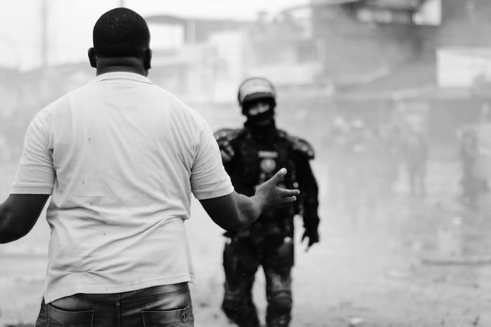 Represión en Cali, Colombia. Imagen de Ana de Poética